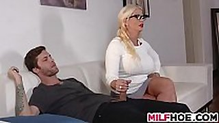 Stepdaughters boyfriend tempted by mom