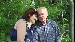 Old aged pair fucks outdoor