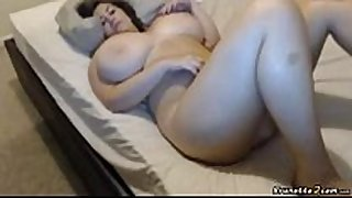 Busty bbw masturbates during the time that bounces her love pointer sisters