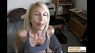 Hot gilf with unshaved obscene cleft acquires large penis