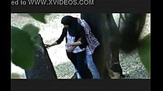 College pair outdoor sex-- maaporn.com