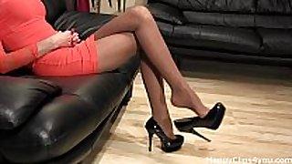 Amazing high heels shoe dangling