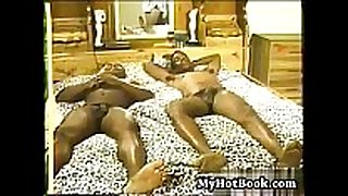 Heres a great vintage hardcore porno with a hawt