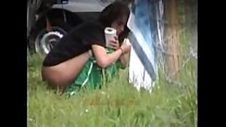 Outdoor peeing women