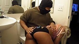 Hot ebony babe flogging