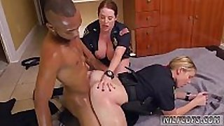 Milf red xxx dark male squatting in home gets ...